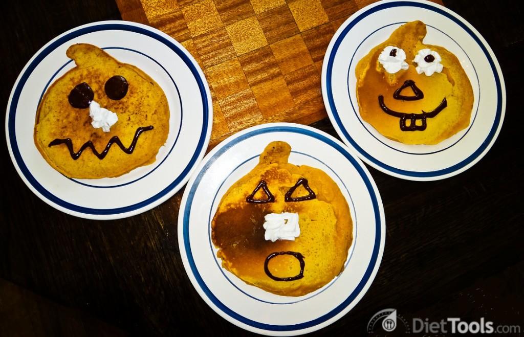three pumpkins crop-2