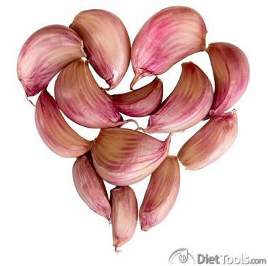 Heart from garlic